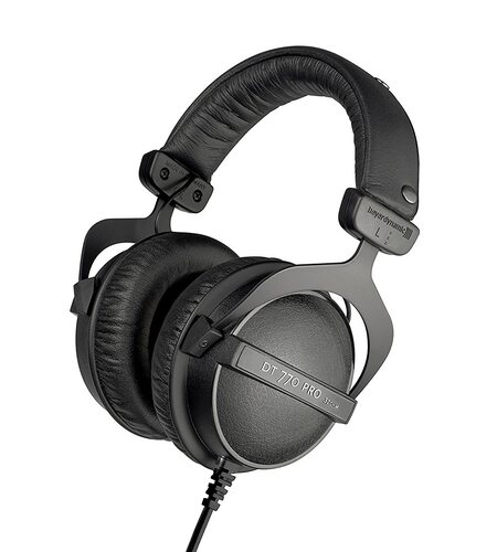 Beyerdynamic DT 770 PRO 32 Om Closed Reference Headphone for Control and Monitoring